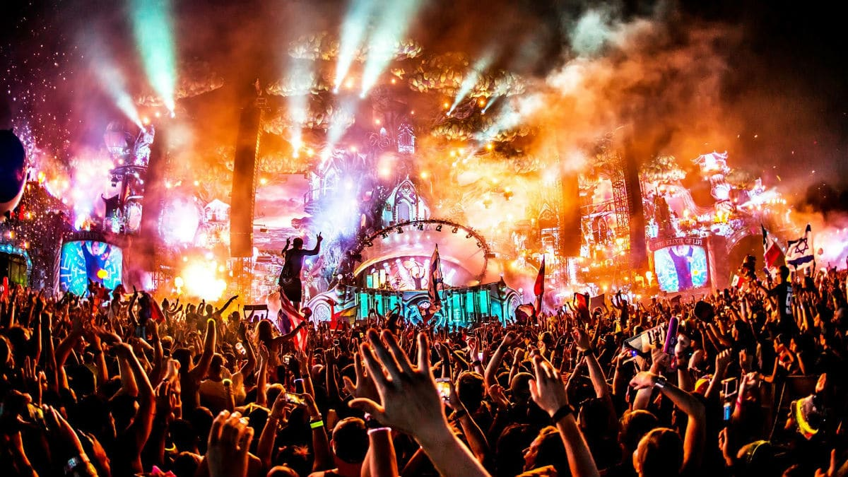 Best EDM Songs Of August 2019 [Updated August 16, 2019]