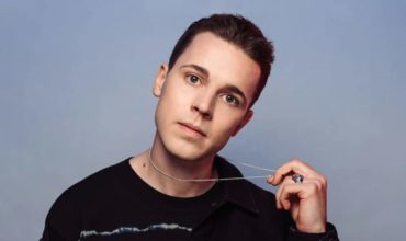"Felix Jaehn Announces U.S. Tour; Releases Keanu Silva Remix Of ""Love On Myself"""