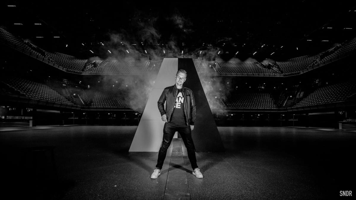 Armin van Buuren Digs Up Thirty Unreleased Remixes For 'Lost Tapes'