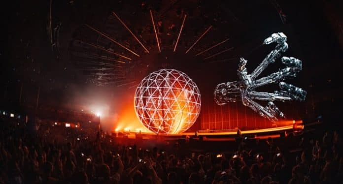 eric prydz cell show tomorrowland 2020
