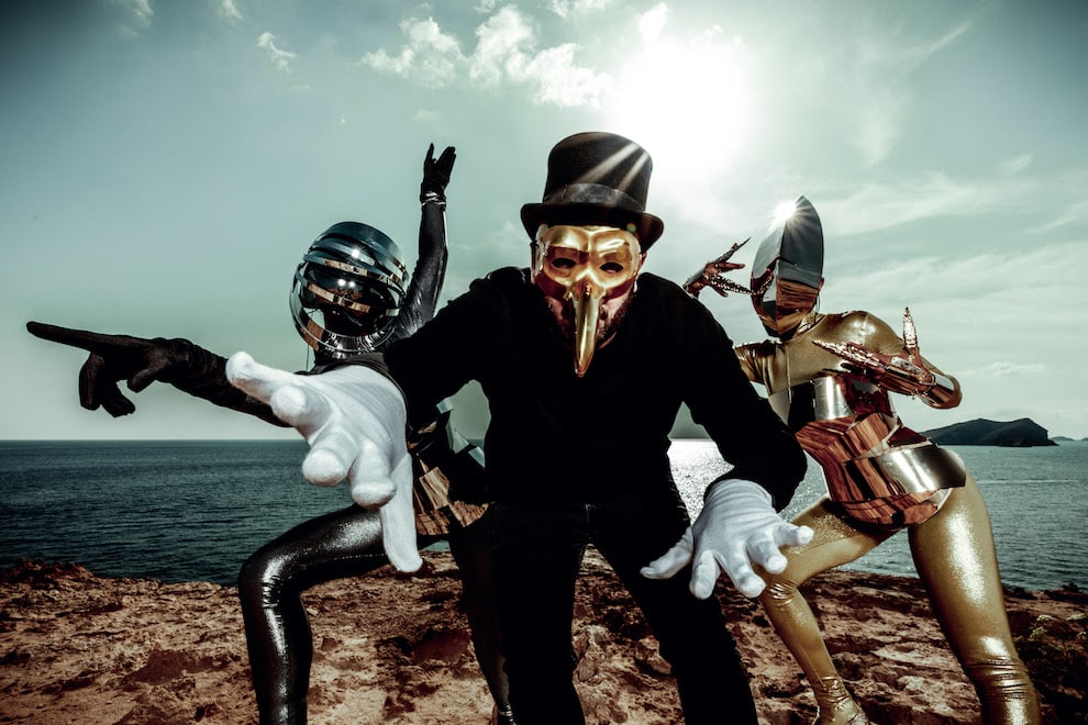 Sonny Fodera Remixes Claptone And Mylo's, 'Drop The Pressure'