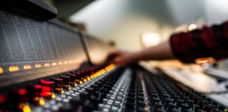 electronic music production for visually impaired